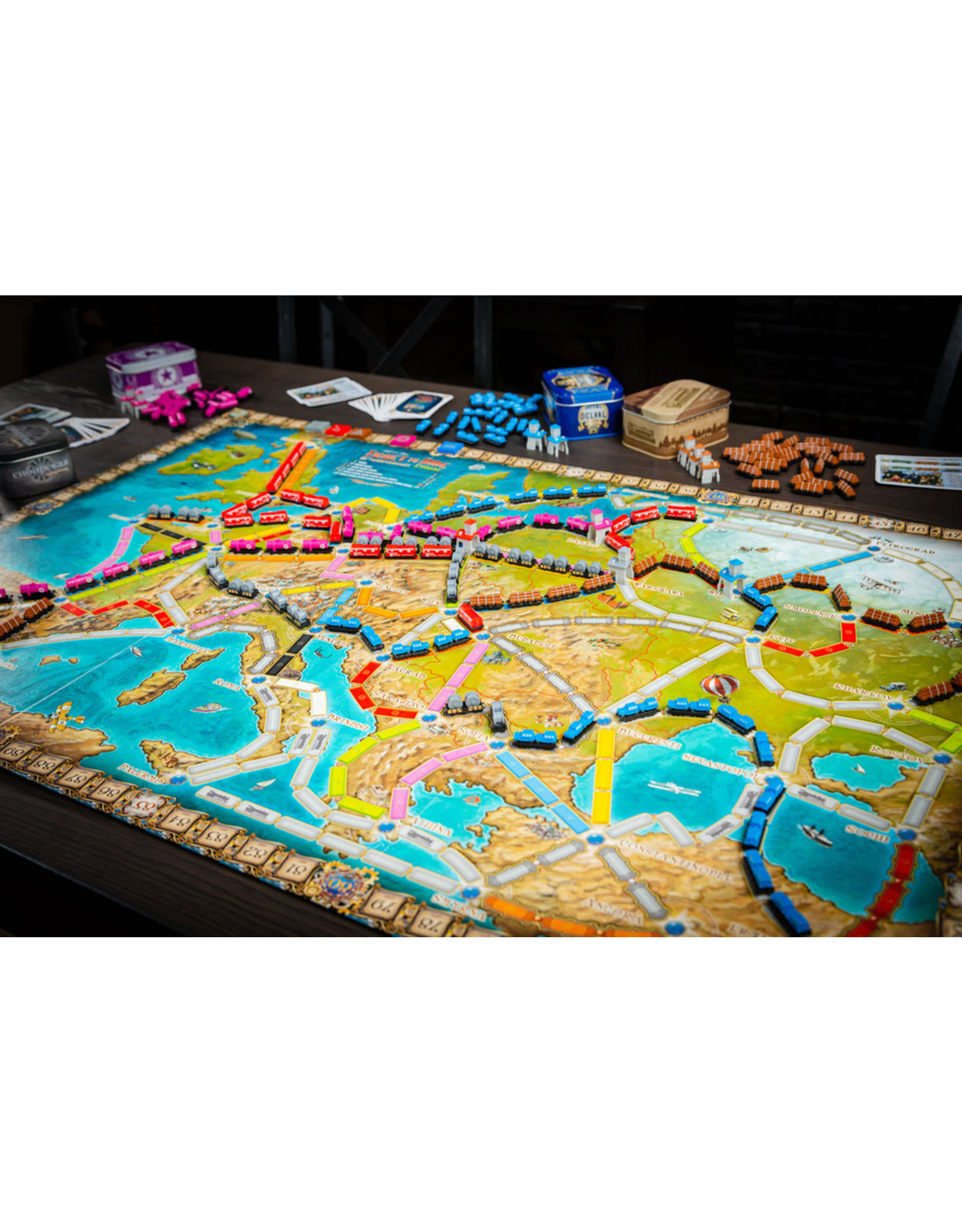 Days of Wonder Ticket to Ride: Europe 15th Anniversary Edition
