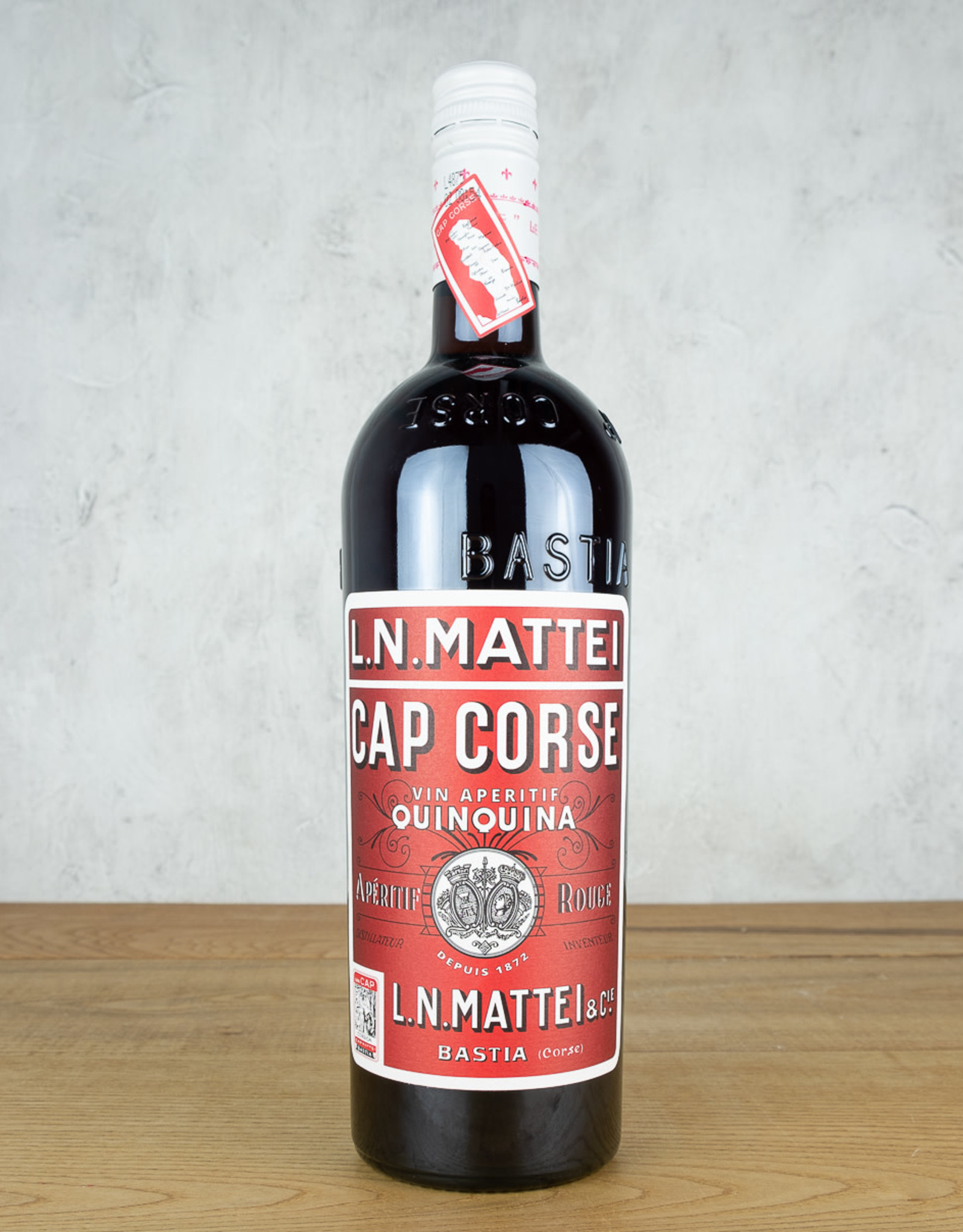 L.N. Mattei Cap Corse Quinquina Rouge