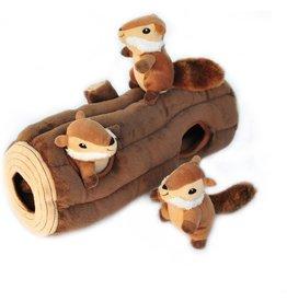 Zippy Paws Burrow, 3 Squirrels  in a Stump