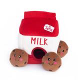 ZippyPaws Holiday Burrow - Santa's Milk and Cookies
