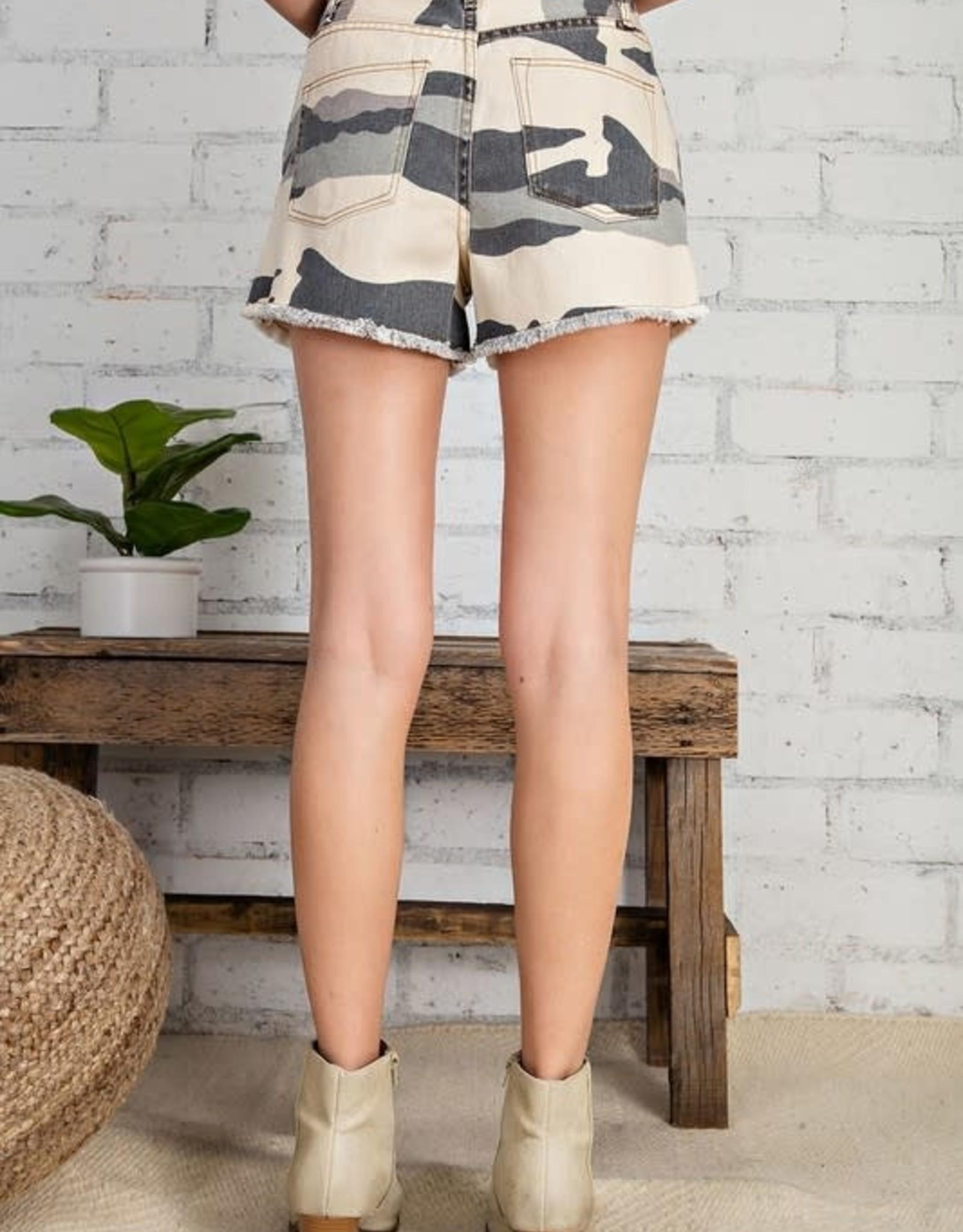 Easel Camo Printed Shorts