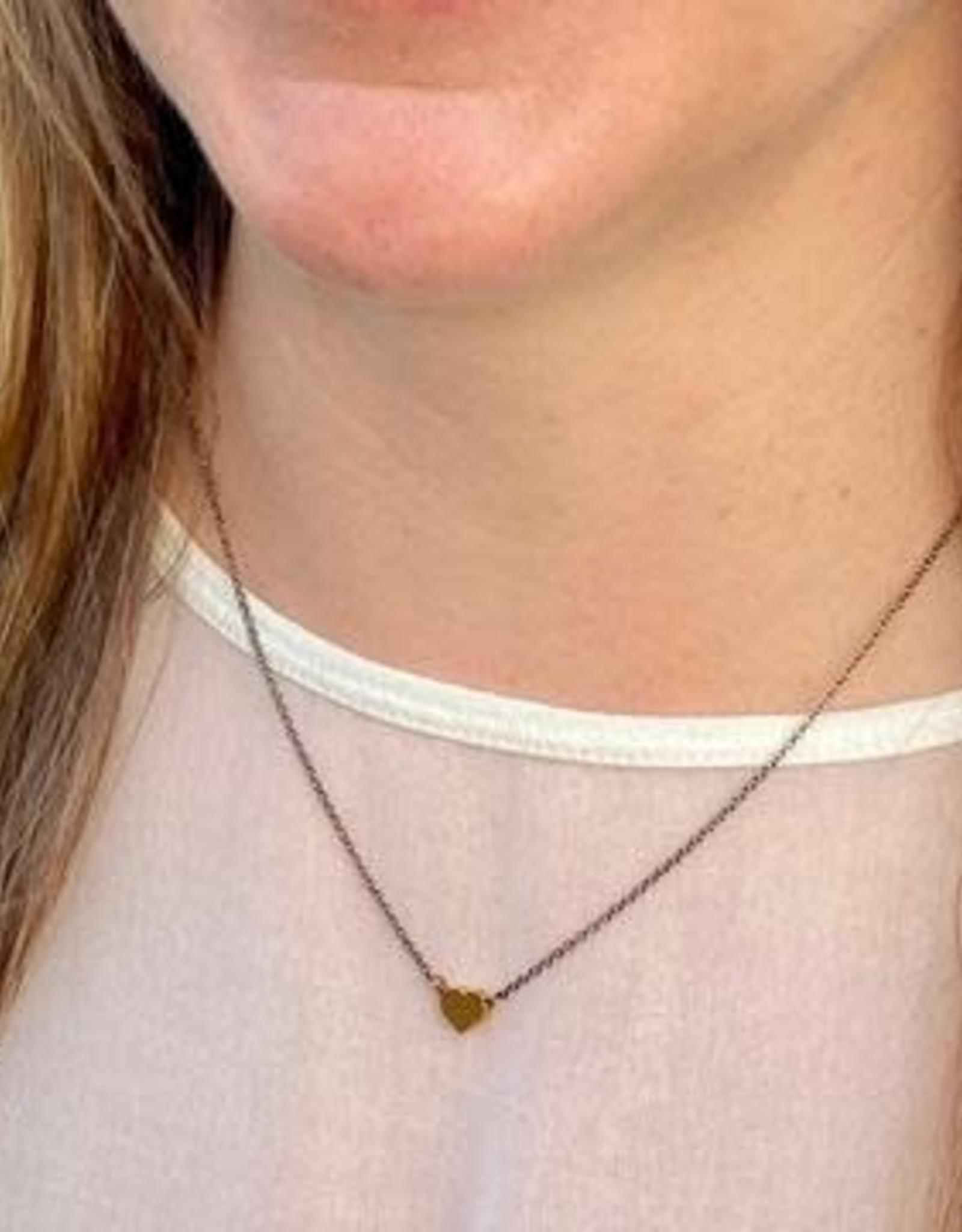 Harlow Harlow Tiny Heart Bass Necklace