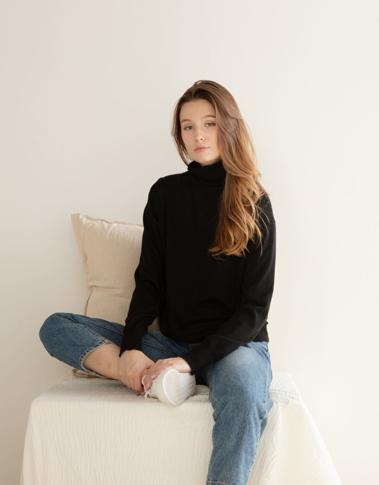 Look By M Wool Blended Turtleneck Assorted Colors One Size