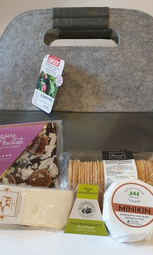 Cheese Lunch Pack Hamper