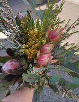 RNR Native Fresh Flowers