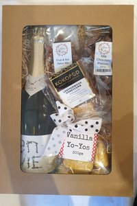 RNR Bubbles and sweets Hamper