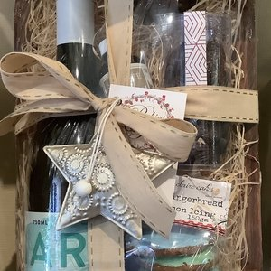 Chardy and Gingerbread Hamper