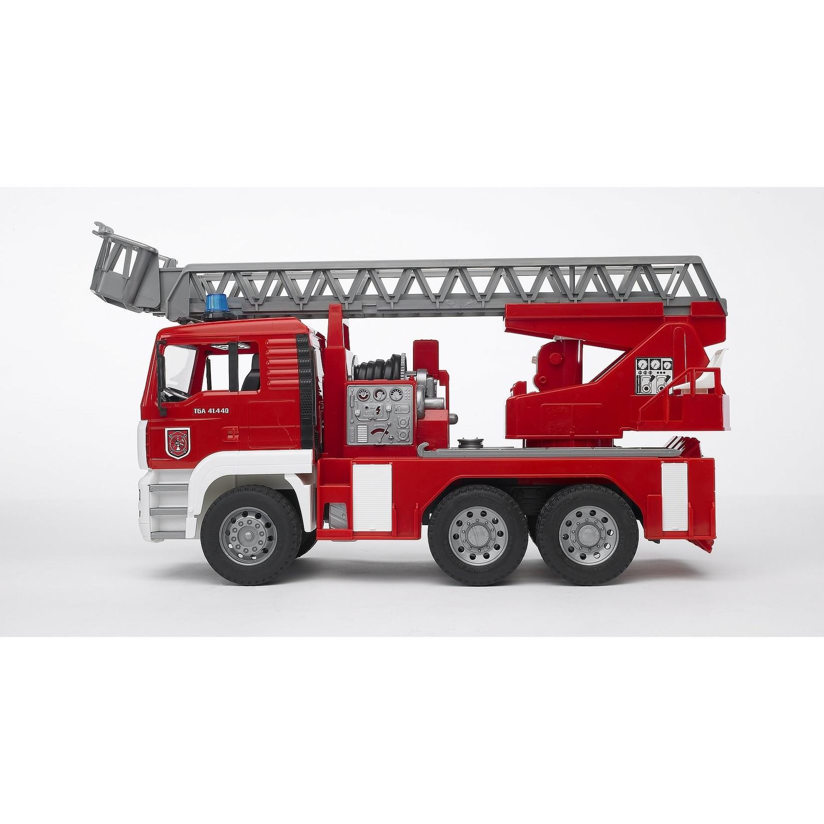 BRUDER FIRE ENGINE 02771