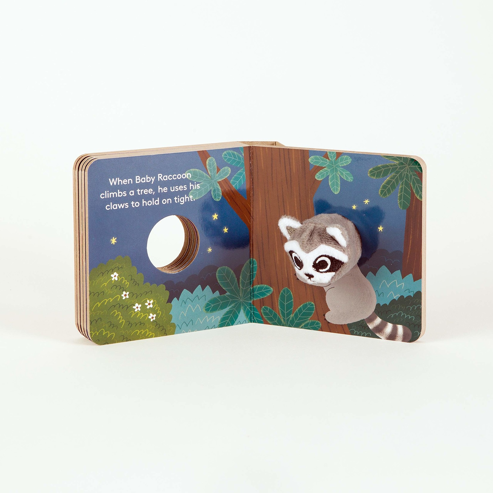 CHRONICLE BABY RACCOON FINGER PUPPET BOOK
