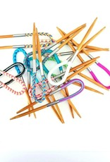 Floops Flox Locking Stitch Marker/Cable Needle