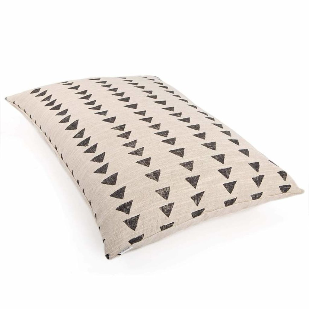 The Foggy Dog Amani Sand Dog Bed + Insert