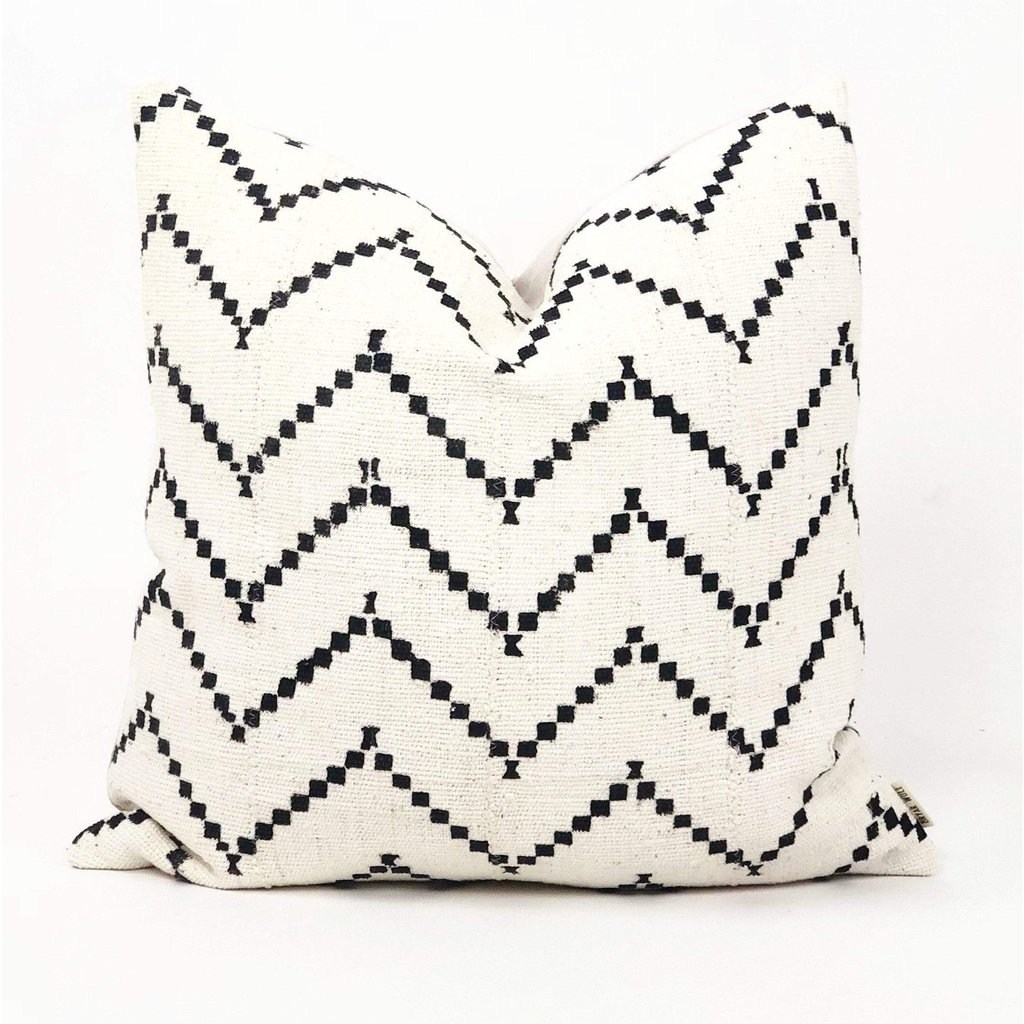 ZARA Pillow Throw Pillows