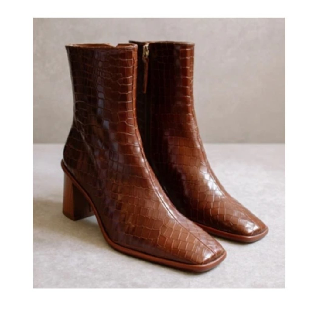 Alohas West Cape Croco Brown Ankle Boot
