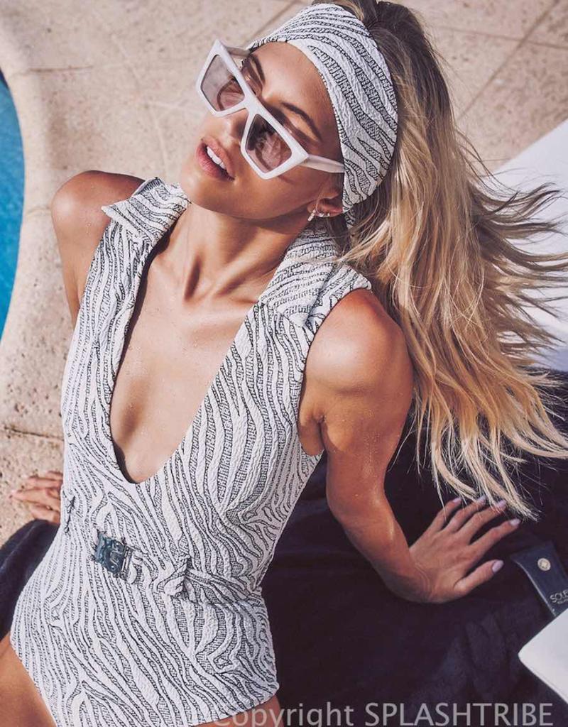 Devon Windsor Headscarf Text Zebra