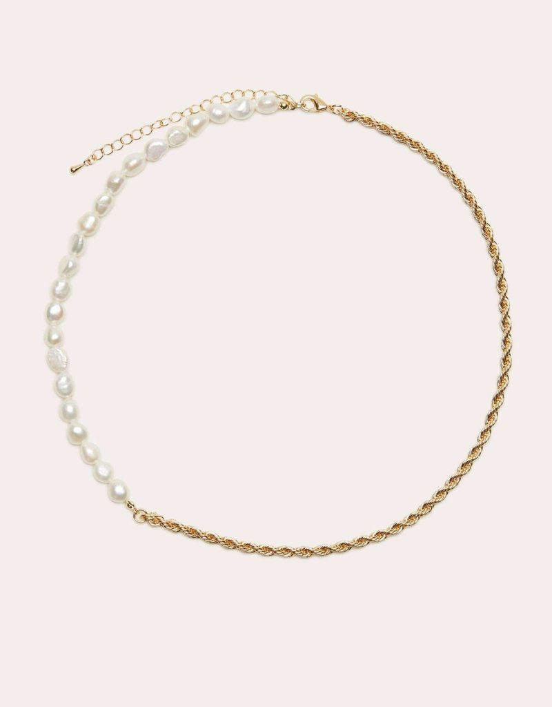 Mary Necklace Gold