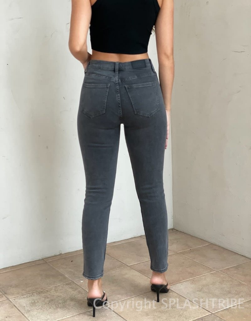 Cara High Rise Vintage Skinny Jeans