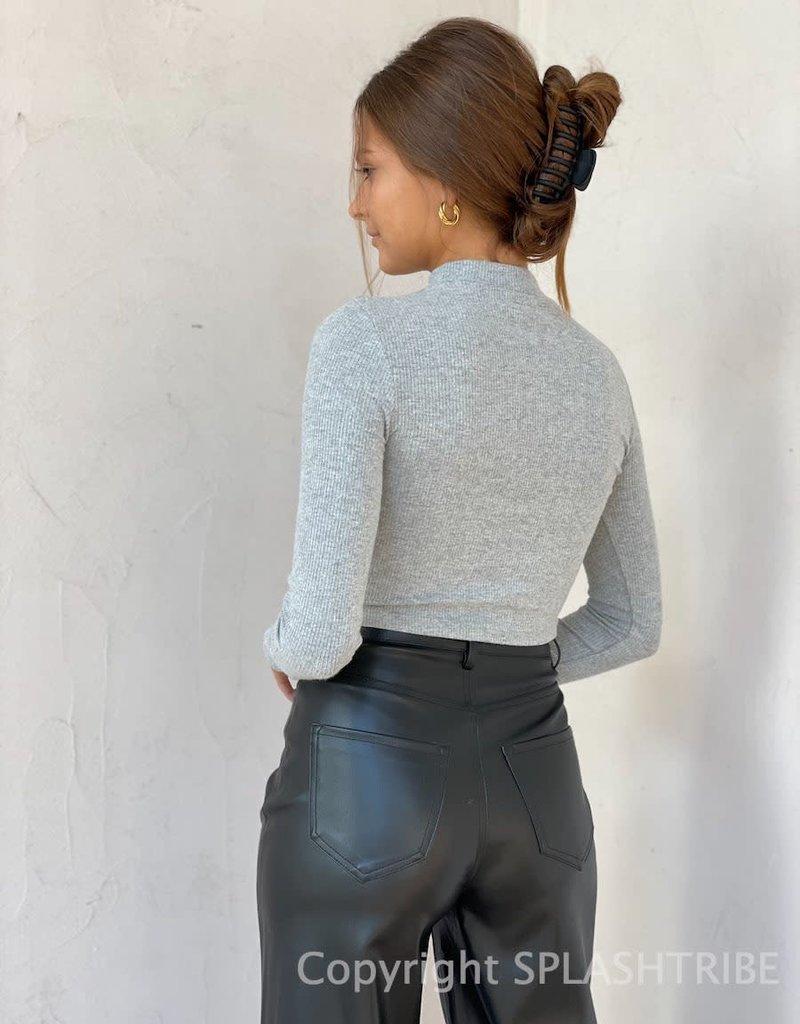 Soft Rib Essential Long Sleeve Crop Top