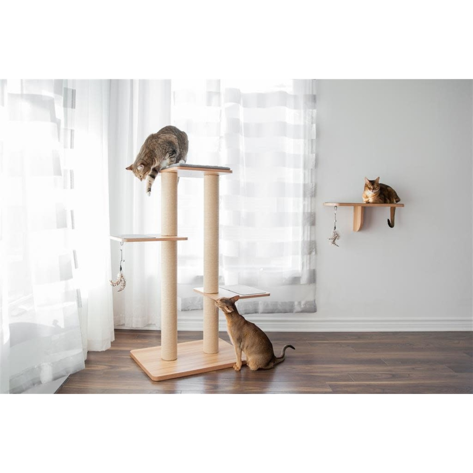 """Be one Breed Be One Breed Evo Plus  cat tree 45"""""""