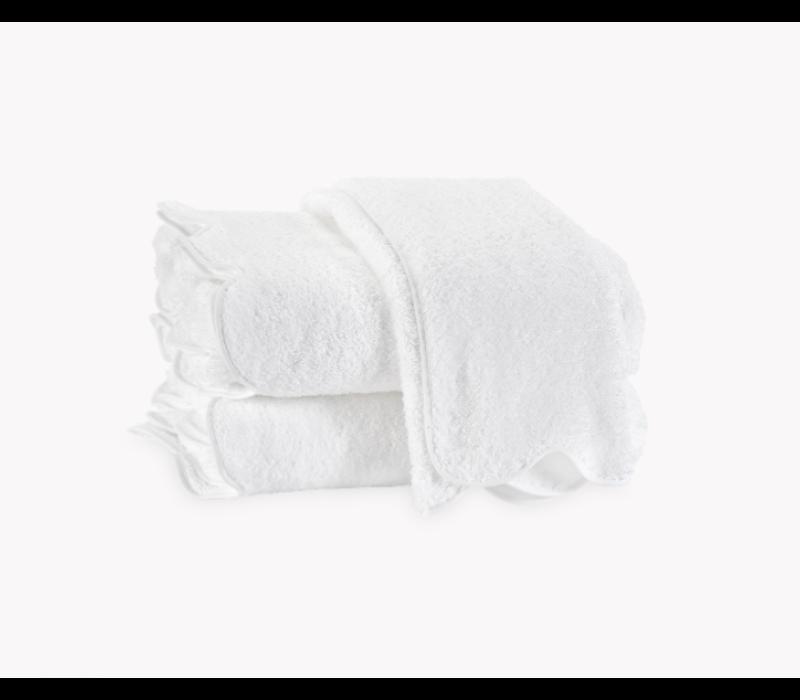 MATOUK CAIRO SCALLOPED WASH CLOTH WHITE