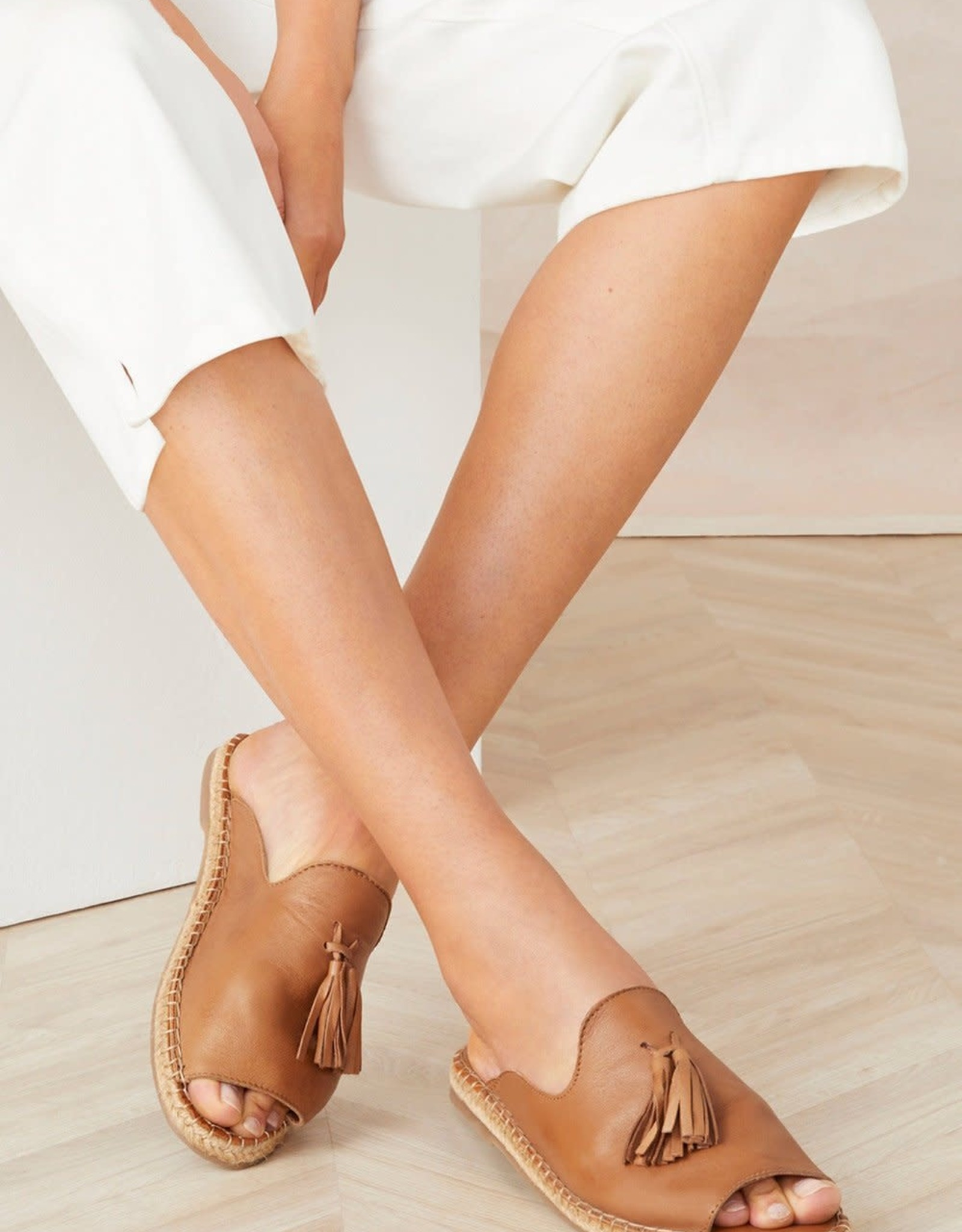 HUMAN Human Shoes - Via Sandal (Tan)