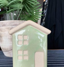 Urban products Green Aspen House Planter