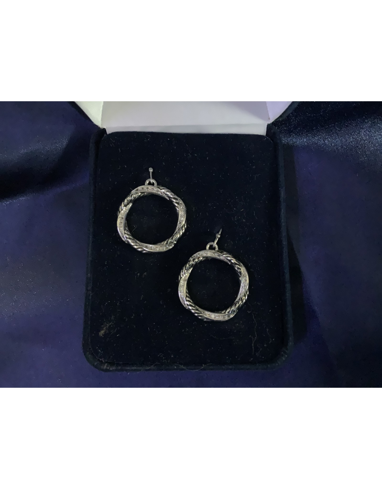 CLEAR CZ AND TWISTED ROPE CIRCLE EARRINGS