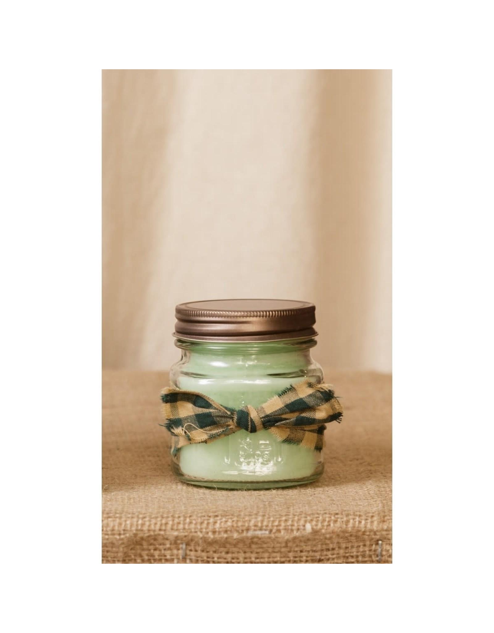 Candle- honeydew melon  8oz 3C1567-8