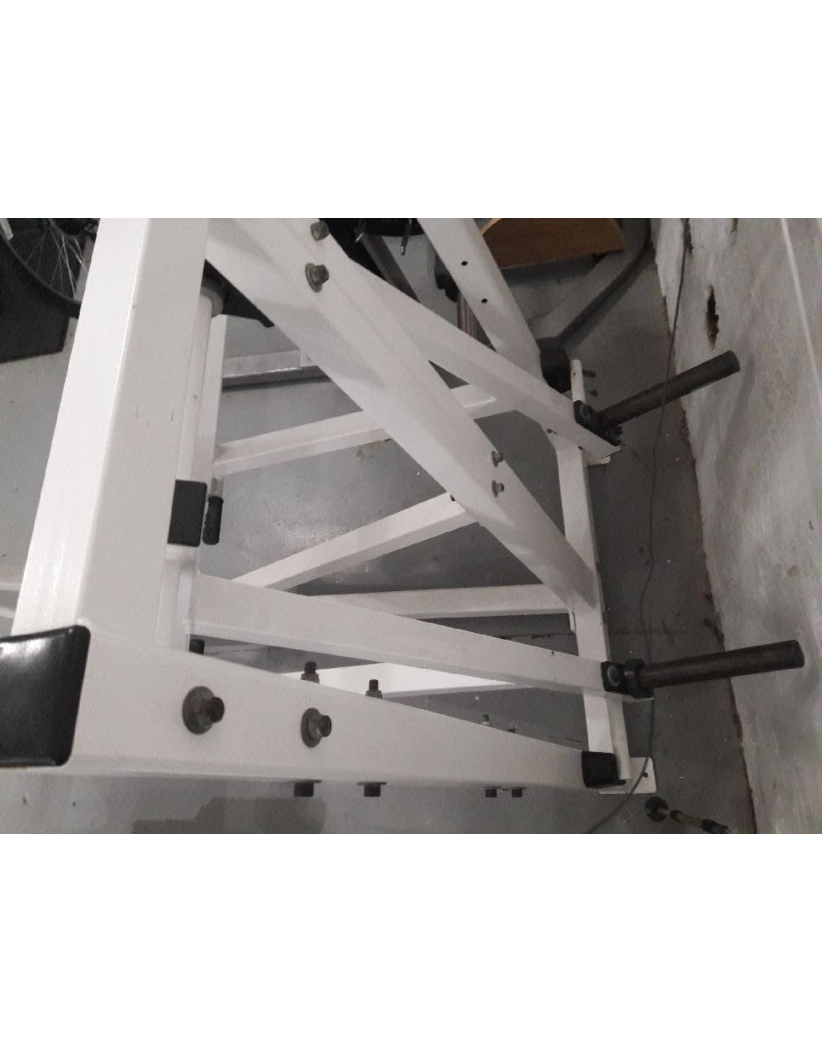 Power Runner POWER RUNNER MACHINE - Plate Loaded