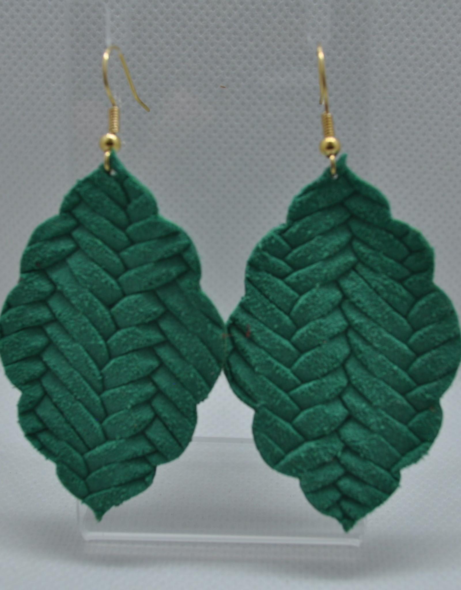ECLectic Designs Woven Green Scallop Teardrop