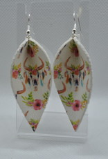 ECLectic Designs White and Pink Flower Petal