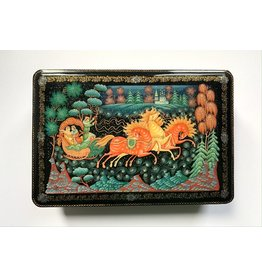 Lacquer Box with Floating Troika