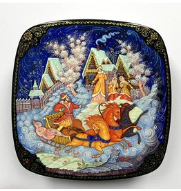 Lacquer Box with Troika in Winter Village