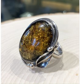 Adjustable Amber Ring (Green)
