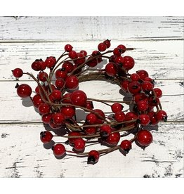 Candle Ring with Lingonberries