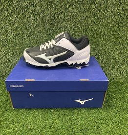 Mizuno 9 Spike Swift Cleat