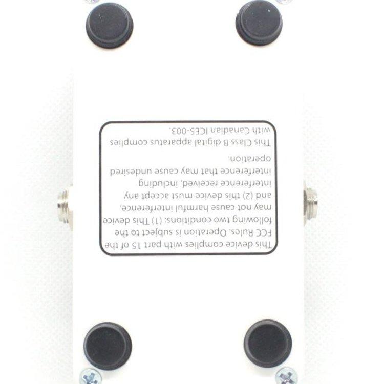 Electro-Harmonix Electro-Harmonix NANO Battalion Bass Preamp/Overdrive, 9.6DC-200 PSU Included