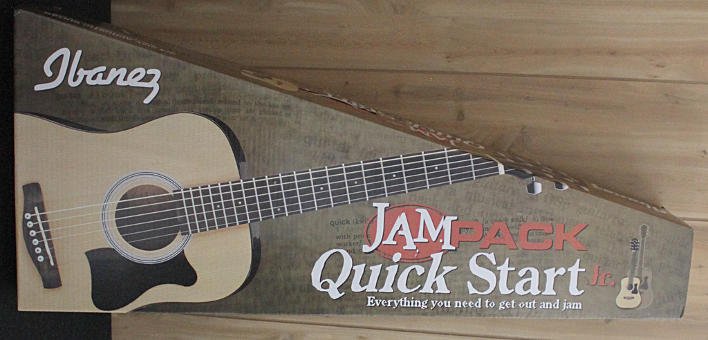 Ibanez Ibanez IJV30 3/4 Acoustic Guitar QuickStart Pack in Natural High Gloss