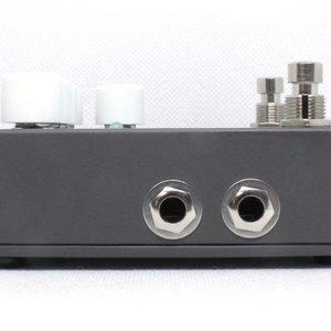 Electro-Harmonix Electro-Harmonix Bass Mono Synth - Bass Monophonic Synthesizer, 9.6DC-200 PSU included