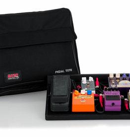 """Gator Gator 16.5"""" X 12"""" Wood Pedal Board w/ Black Nylon Carry Bag"""