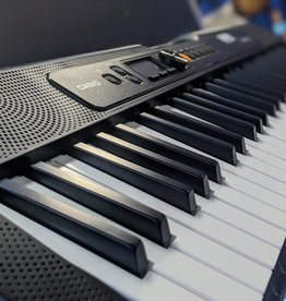 Casio Casio Casiotone CT-S200BK 61-Key Portable Keyboard - Black