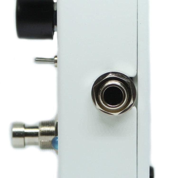 Electro-Harmonix Electro-Harmonix Octavix - Fuzz + Octave Up, 9.6DC-200 PSU included