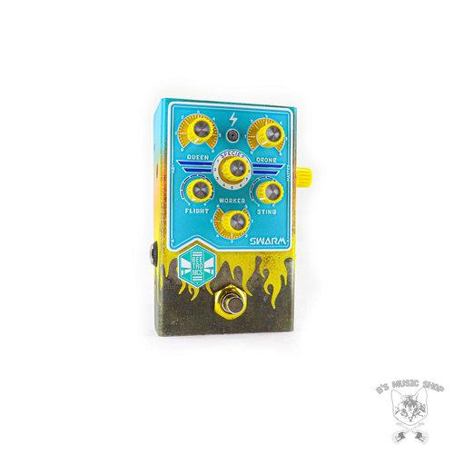 Beetronics Beetronics Swarm Analog Fuzz Harmonizer - Limited Edition Aqua Flames - Royal Series