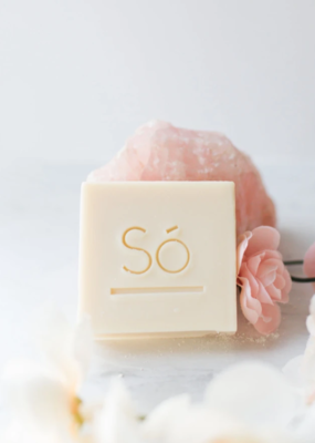 So' Luxury cleansing bar-Lather