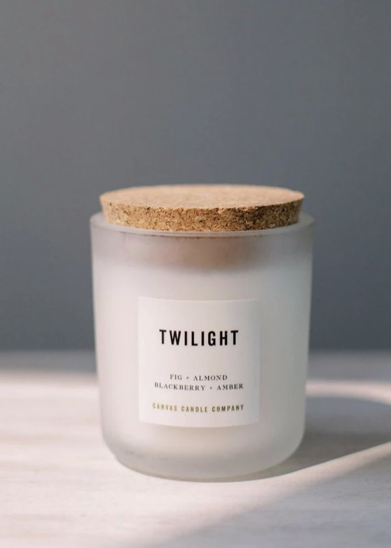 canvas candle signature collection Twilight  scent: clean and fresh