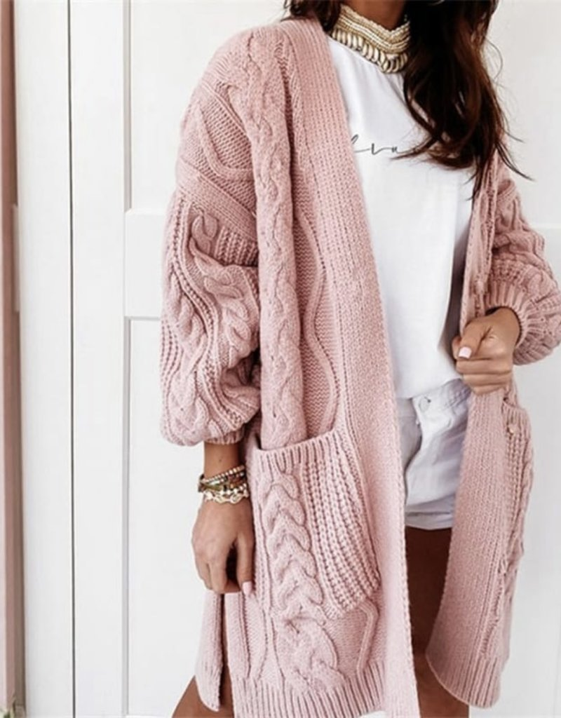 Cable cardigan w/side slit