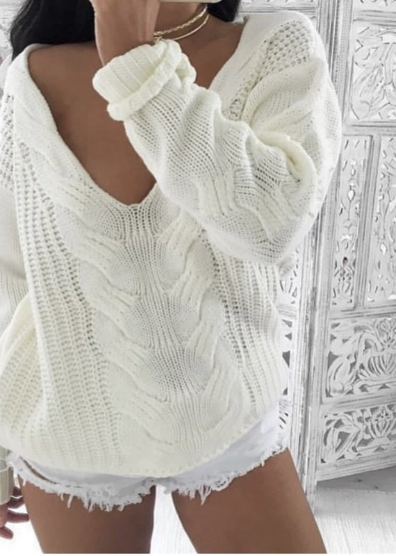 Cableknit pullover
