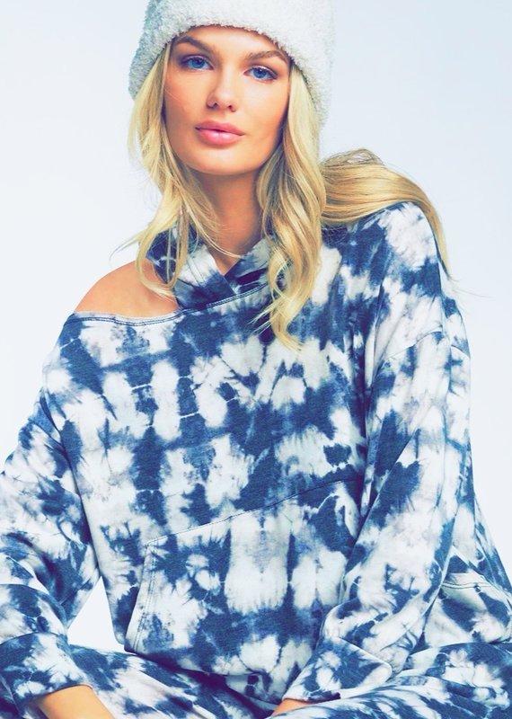 Cutout shoulder hoodie