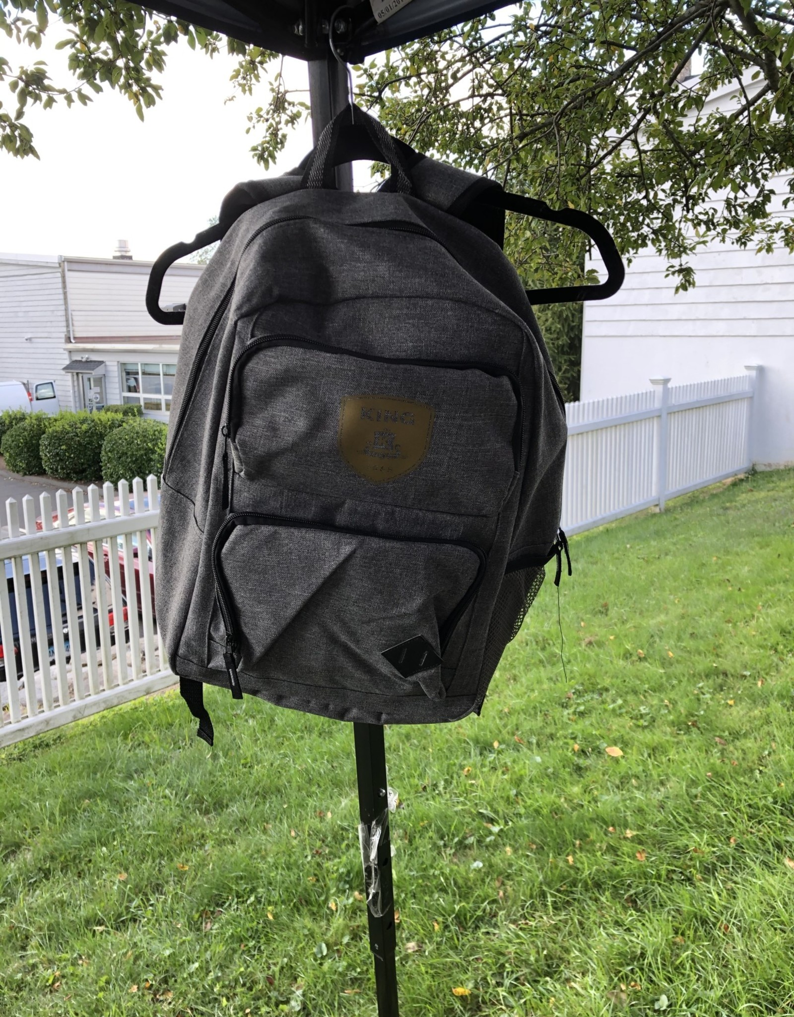 """Fresh Concepts Graphite Deluxe 15"""" Computer Backpack"""