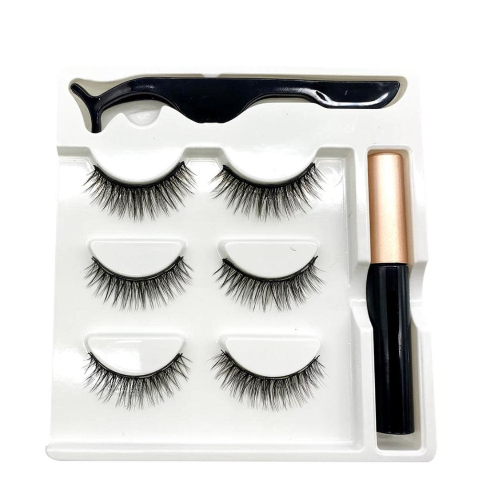 714 - 3  MAGNETIC LASHES 1 EYELINER AND 1 LASH APPLICATOR VARIOUS SIZES