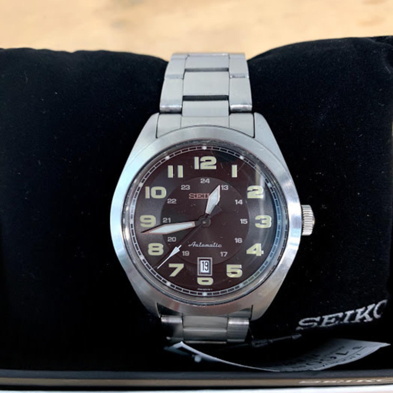 SEIKO Neo Sports Automatic Black Dial Men's Watch SRPC85K1 *Minor scuffs on wrist band